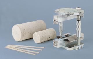 Приспособление за изпитване якост на опън при разцепване EN 12390-6